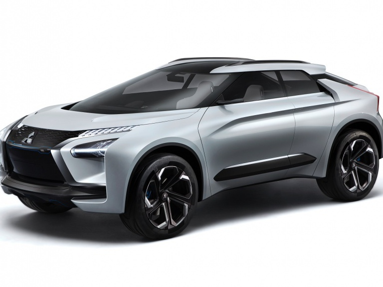 KONCEPČNÝ MODEL MITSUBISHI e-EVOLUTION CONCEPT